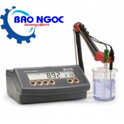 Máy đo pH để bàn Hanna HI2210-02